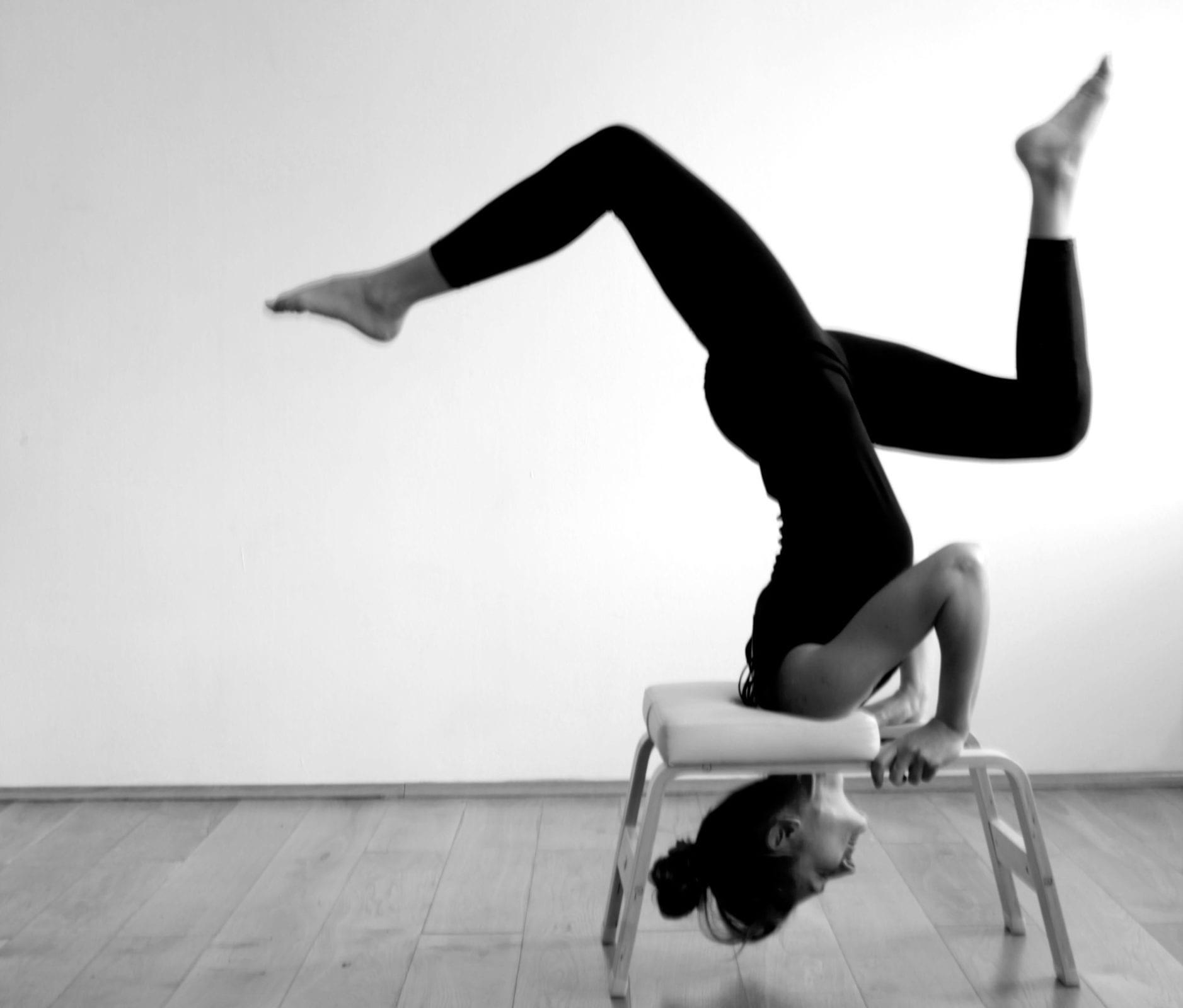 Herz über Kopf im Maitri Yoga Studio