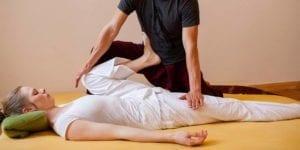 Thai Yoga Massage & Holistic Bodywork Kurs: Hüftöffner spezial