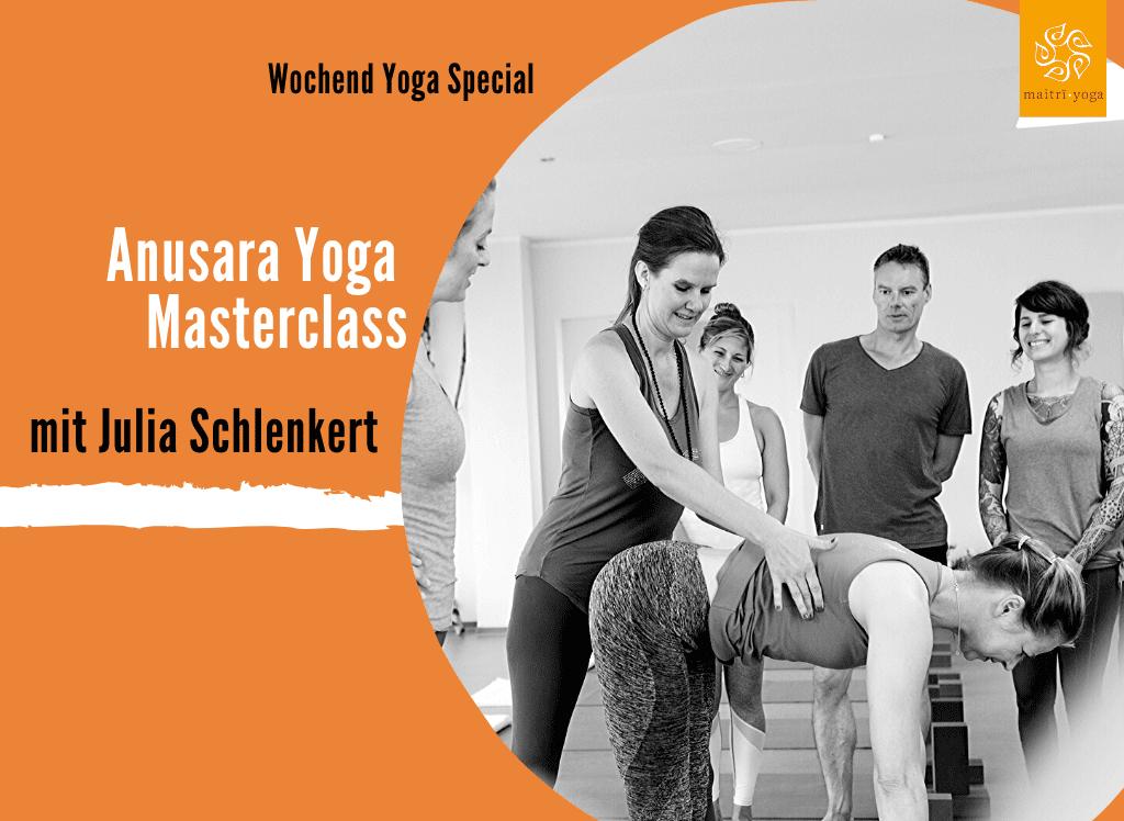 Anusara Yoga Special mit Julia Schlenkert